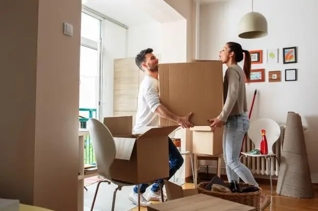 Top Tips For Choosing A Good Moving Service To Relocate Homes